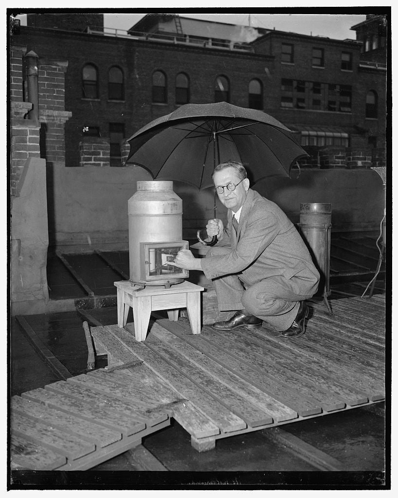 8 x 10 Reprinted Old Photo of Joseph Burton Kincer, Principal Meteorologist, Chief Of Division Of Climate And Crop Weather 1939 Harris & Ewing 22a