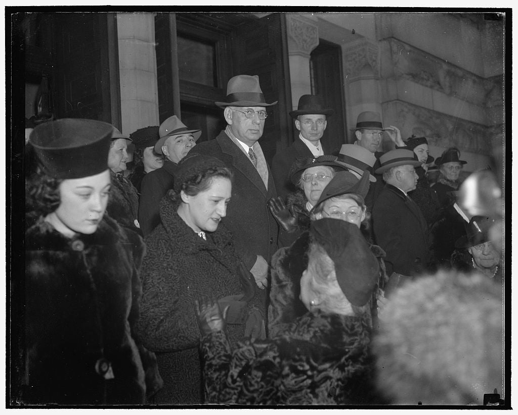 8 x 10 Reprinted Old Photo of Rabbi Abram Simon Funeral, 12/28/38 1938 Harris & Ewing 57a