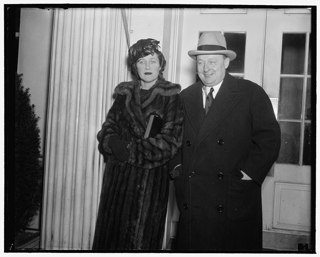 8 x 10 Reprinted Old Photo of Pennsylvania Governor Urges President Continue Federal Spending. Washington, D.C., Dec. 30. After A Call On President Roosevelt Today With Mrs. Ea 1938 Harris & Ewing 80a