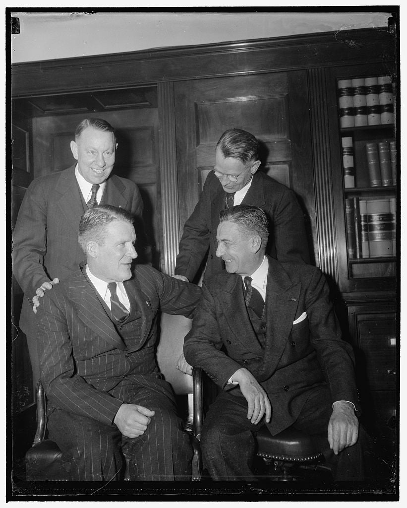 8 x 10 Reprinted Old Photo of Alex Barry And James Mott, Seated. Ben S. Fisher And Guy Cordoni, Standing 1940 Harris & Ewing 27a
