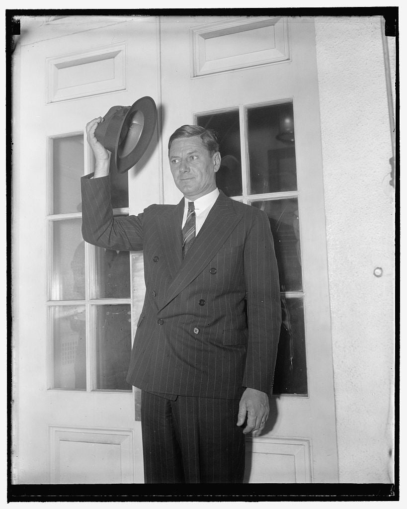 8 x 10 Reprinted Old Photo of White House Caller. Washington, D.C., Jan. 6. Governor Burnett Maybank Of South Carolina, Leaving The White House After A Call On President Roosev 1937 Harris & Ewing 38a