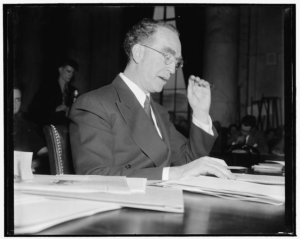 8 x 10 Reprinted Old Photo of Murphy Tells His Side Of Strike Controversy. Washington, D.C., Jan. 13. Attorney General Frank Murphy Sat Before The Senate Committee On The Judic 1939 Harris & Ewing 34a