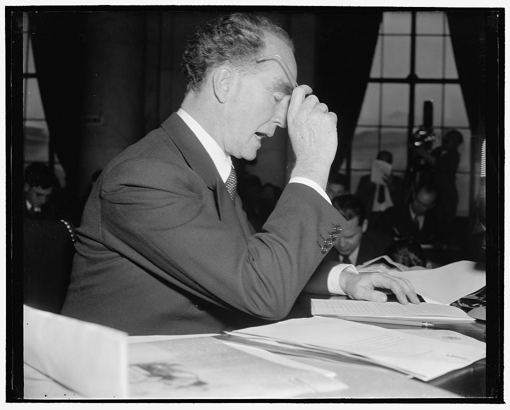 8 x 10 Reprinted Old Photo of Murphy Tells His Side Of Strike Controversy. Washington, D.C., Jan. 13. Attorney General Frank Murphy Sat Before The Senate Committee On The Judic 1939 Harris & Ewing 35a