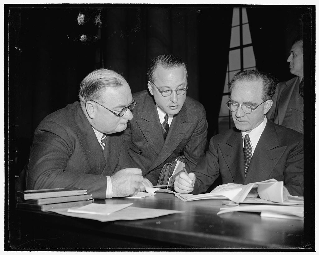 8 x 10 Reprinted Old Photo of Murphy Discusses Point Of Statement With Aides Before Hearing Today. Washington, D.C., Jan. 13. Joseph Keenan, Edward Kemp, And Attorney General M 1939 Harris & Ewing 36a