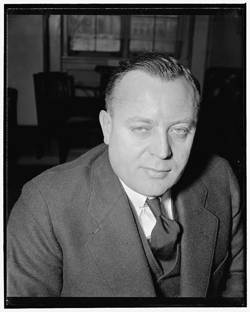 8 x 10 Reprinted Old Photo of New Hampshire Senator. Washington, D.C., Jan. 19. A New Informal Portrait Of Senator H. Styles Bridges, Rep., Of New Hampshire, 1/19/39 1939 Harris & Ewing 58a