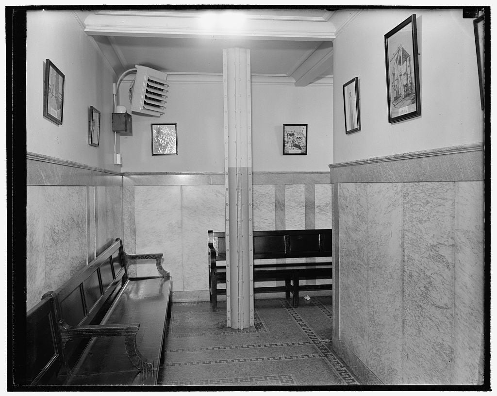8 x 10 Reprinted Old Photo of Waiting Room Downstairs Monument, Washington, D.C. 1940 Harris & Ewing 65a
