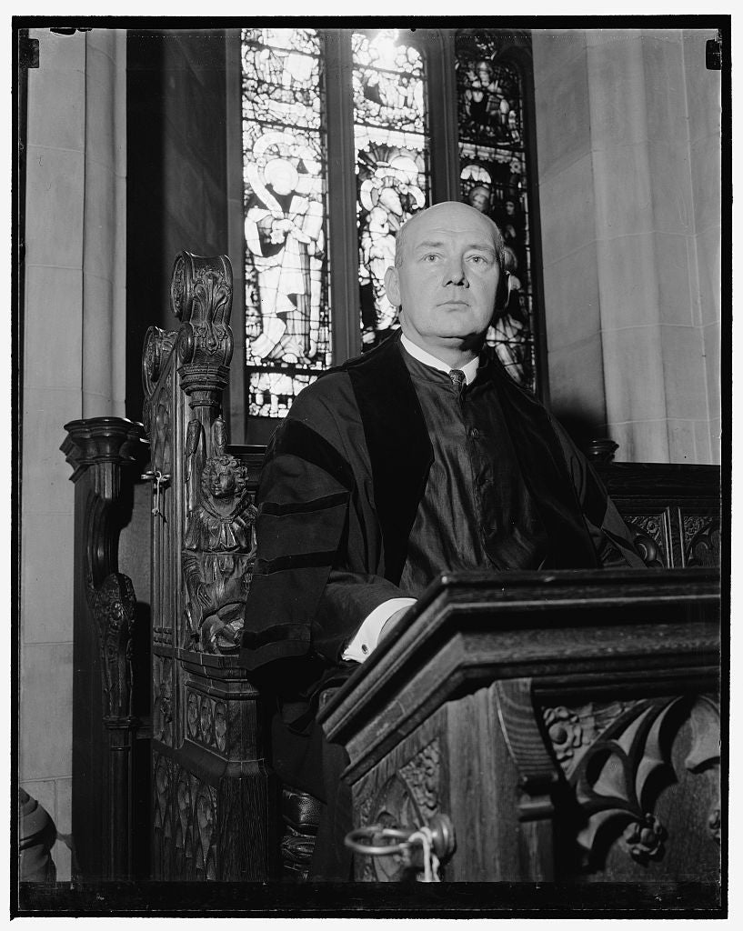 8 x 10 Reprinted Old Photo of Head Verger Of Washington Cathedral, Jas. P. Berkley, 1/14/39 1939 Harris & Ewing 79a