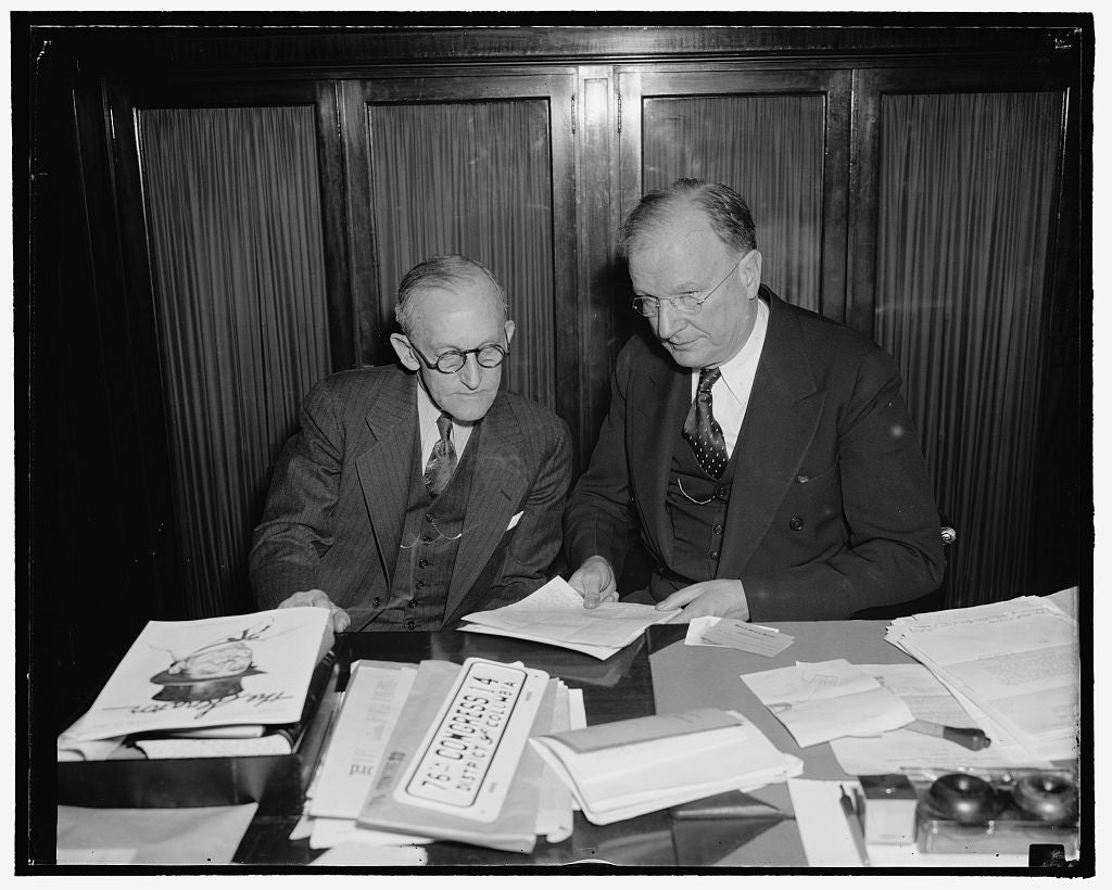 8 x 10 Reprinted Old Photo of F.C.C. Chairman And Senator Wheeler Frame Legislation To Reduce Membership Of F.C.C. Washington, D.C., Jan. 25. Frank Mcninch, Chairman Of The Fed 1937 Harris & Ewing 42a