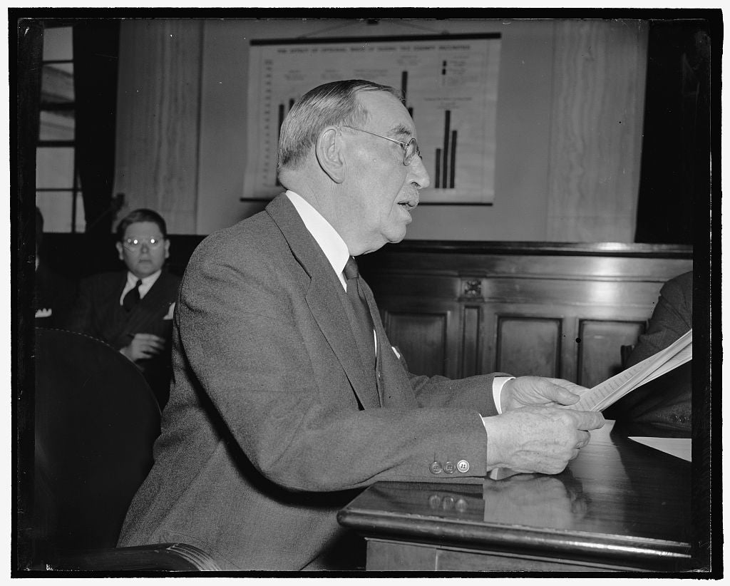 8 x 10 Reprinted Old Photo of Comptroller Of State Of New York. Washington, D.C., Feb. 7. Morris S. Tremaine, Comptroller Of New York State, Photographed Today At The Meeting O 1938 Harris & Ewing 12a