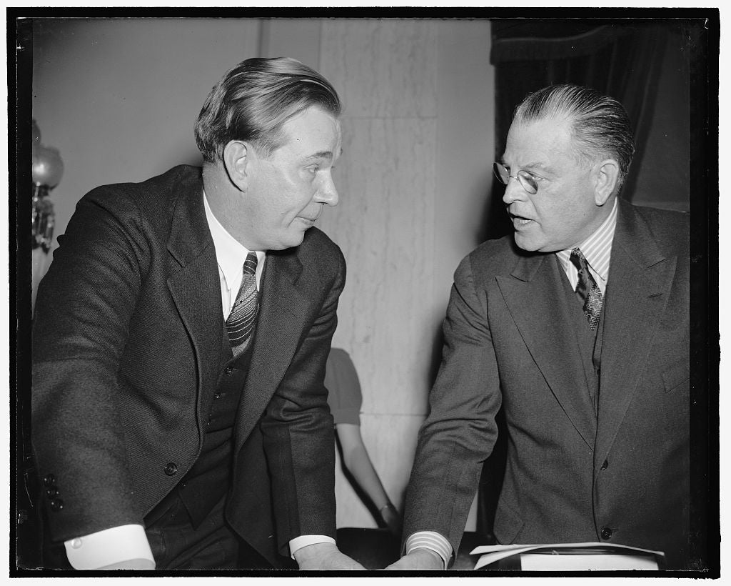 "8 x 10 Reprinted Old Photo of ""Comrade Amlie"" Question Refuted By Icc Nominee. Washington, D.C., Feb. 8. Thomas R. Amlie, Presidential Appointee To The Icc, Told The Senate Com 1938 Harris & Ewing 18a"