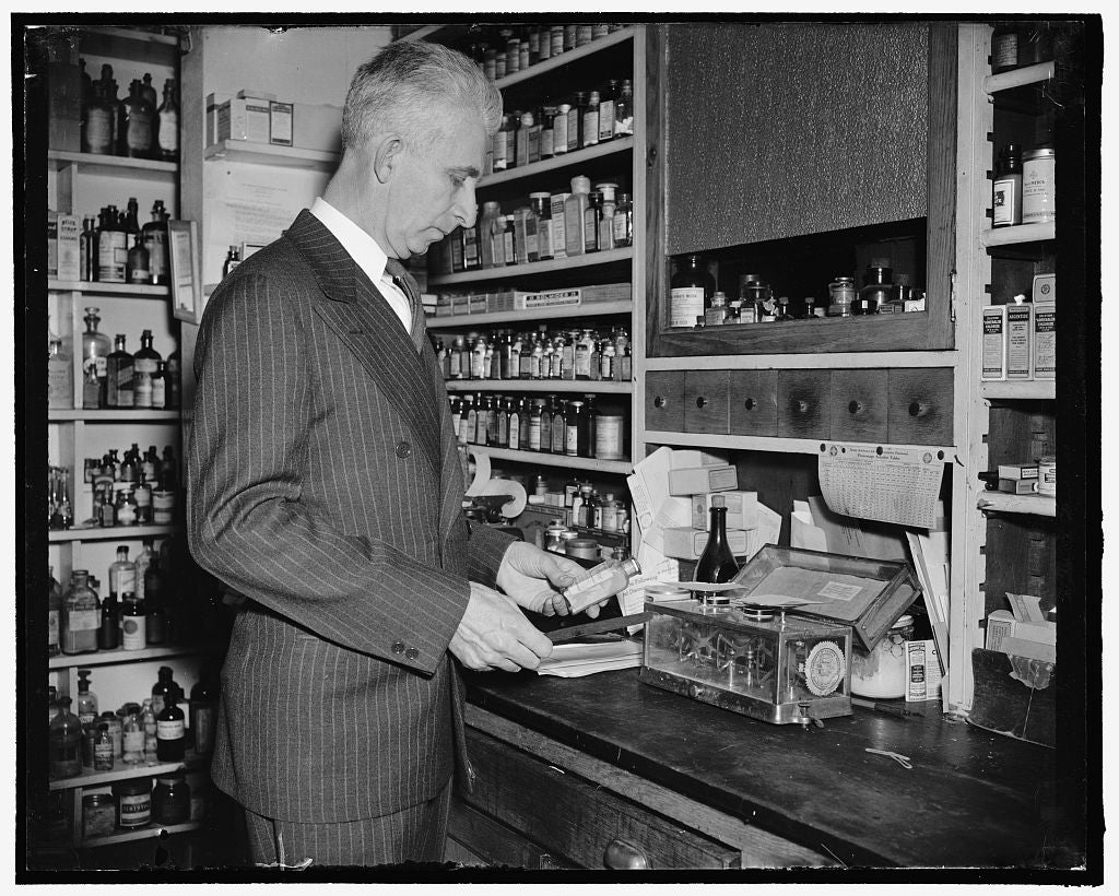 8 x 10 Reprinted Old Photo of Only Druggist In Congress. Washington, D.C., Feb. 13. While Many Professions And Businesses Are Represented In The 76Th Congress, Rep. Carl T. Dur 1938 Harris & Ewing 29a