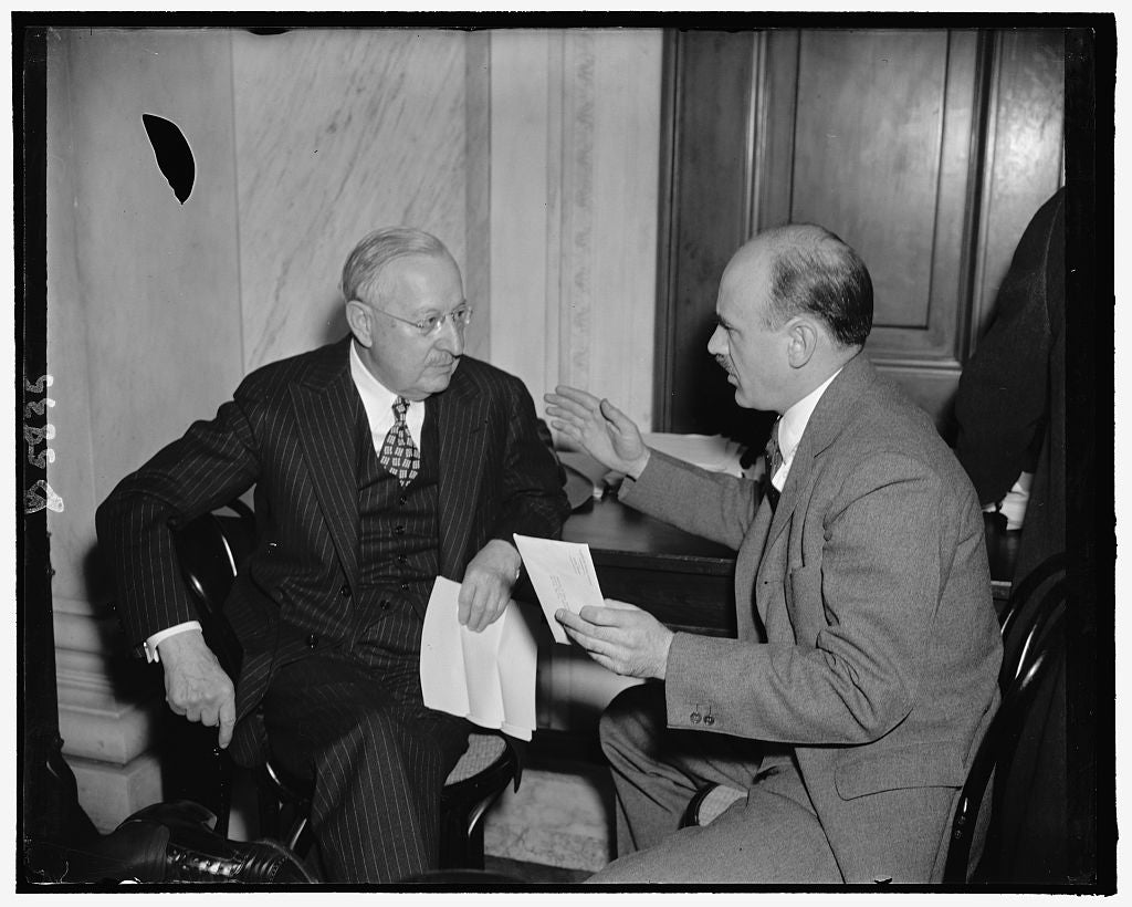 8 x 10 Reprinted Old Photo of Frederick Ecker, Chairman Of The Board, Metropolitan Life. Ernest Howe, S.E.C. Counsel 1937 Harris & Ewing 61a