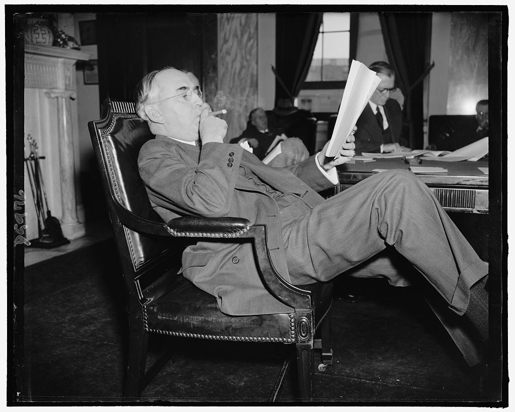 8 x 10 Reprinted Old Photo of Senator Arthur M. Vandenberg, Republican Of Michigan, Relaxing, March 1939 1938 Harris & Ewing 42a