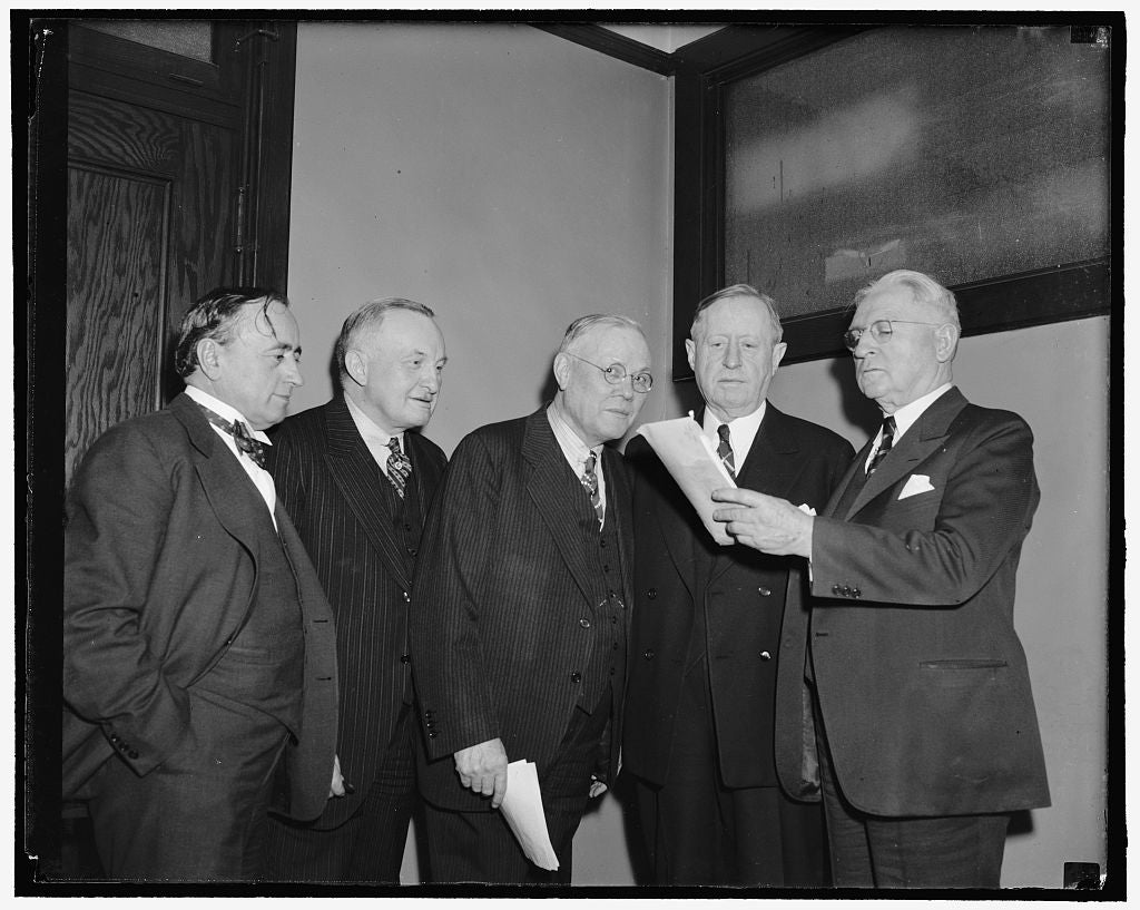 8 x 10 Reprinted Old Photo of A.F. Of L. Council Meets To Consider Truce With C.I.O. Washington, D.C., Following A Surprising Speech Over Radio Networks Last Night By John L. L 1912 Harris & Ewing 37a