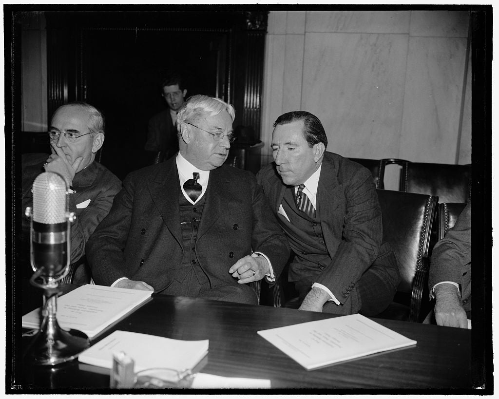 8 x 10 Reprinted Old Photo of Freshman Senator Learns From Old Timer. Washington, D.C., April 14. During A Lull At The Meeting Of The Senate Foreign Relations Committee Yesterd 1938 Harris & Ewing 74a