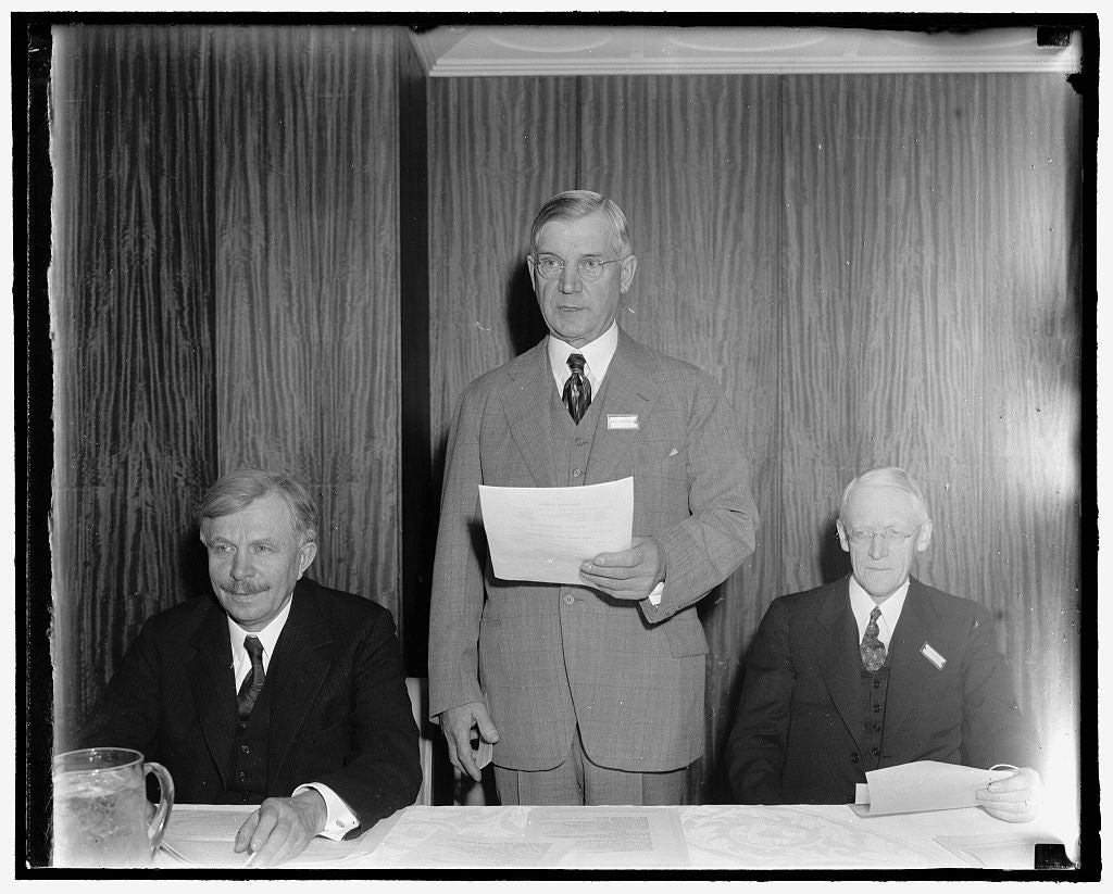 8 x 10 Reprinted Old Photo of Discuss America's Foreign Policy. Washington, D.C., April 15. In An Effort To Give Impetus To The Movement For Revision Of The Neutrality Act, An  1938 Harris & Ewing 79a