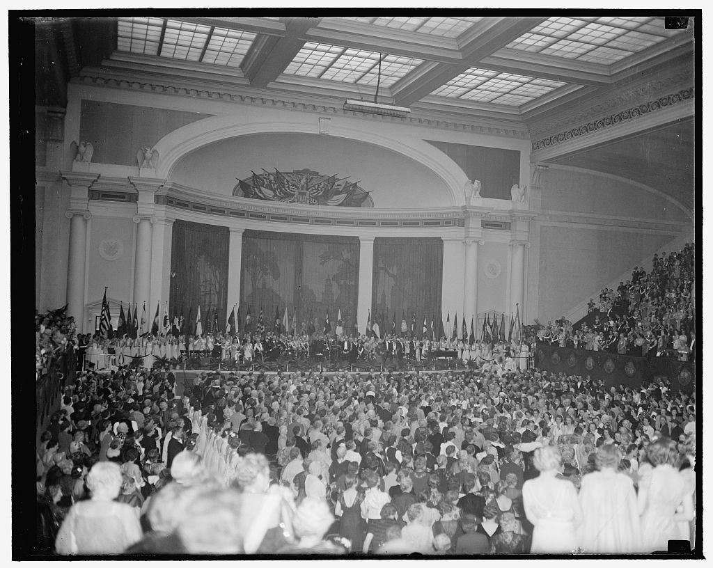 8 x 10 Reprinted Old Photo of Interior Of Constitution Hall As Dar Opened Annual Convention. Washington, D.C., April 17. A General View Of Constitution Hall As The Daughters Of 1938 Harris & Ewing 99a
