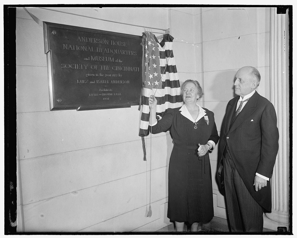 8 x 10 Reprinted Old Photo of Donor Unveils Tablet At New Headquarters Of Society Of Cincinnati. Washington, D.C., April 19. The Beautiful Anderson Mansion On Massachusetts Ave 1938 Harris & Ewing 04a