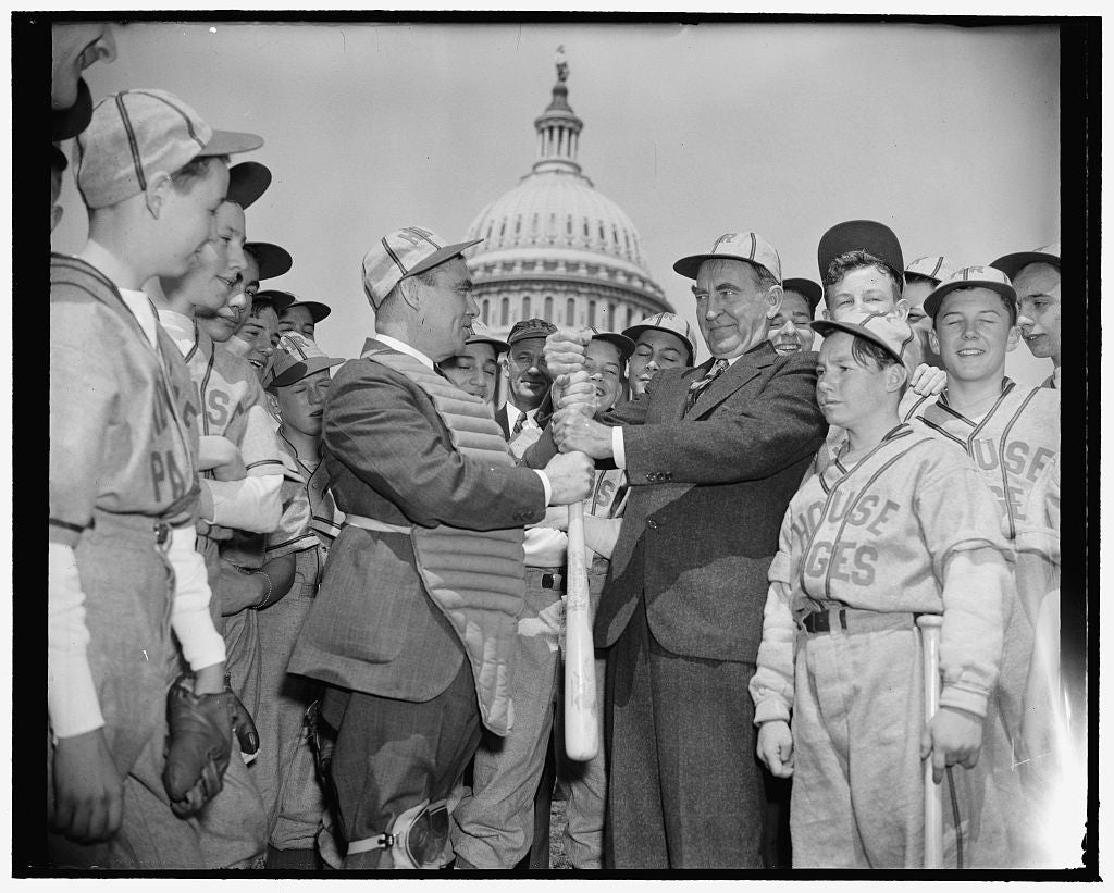 8 x 10 Reprinted Old Photo of House Speaker William B. Bankhead And Baseball Players In Front Of Capitol 1937 Harris & Ewing 32a