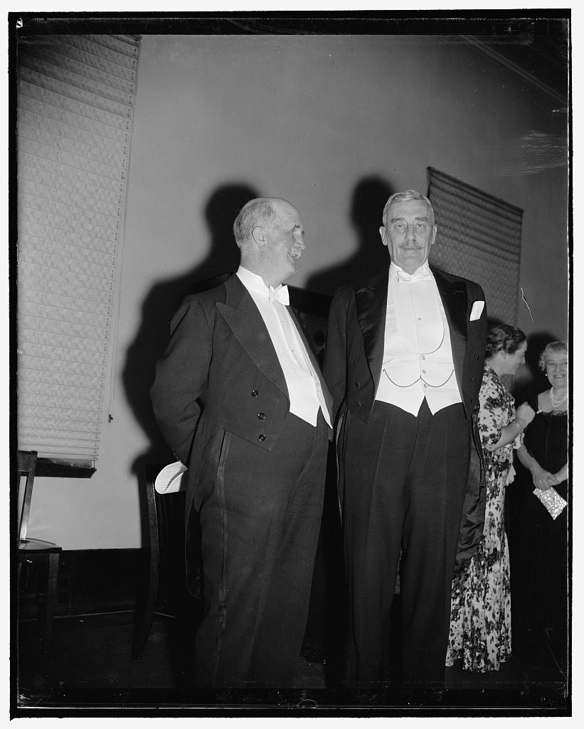 8 x 10 Reprinted Old Photo of British Ambassador And Noted Physicist. Washington, D.C., April 26. Sir William Bragg, Nobel Prize Winner In Physics And Sir Ronald Lindsay, Briti 1938 Harris & Ewing 47a