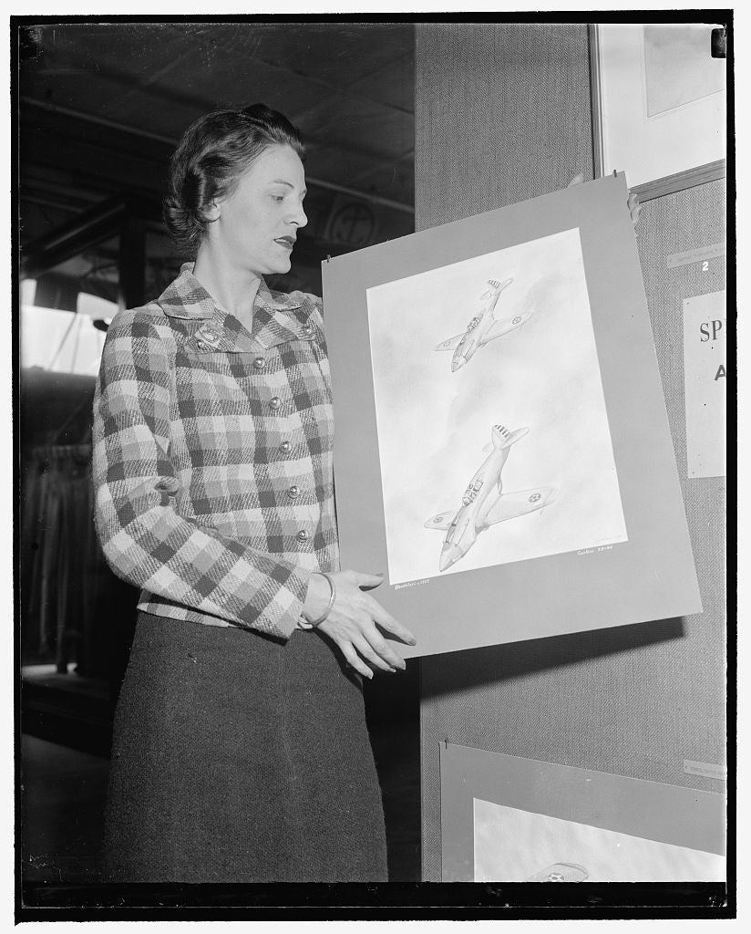 8 x 10 Reprinted Old Photo of Displays Aviation Drawings At Smithsonian. Washington, D.C., May 4. Miss Olivia Bendelari, New York Artist, Is Displaying In The Aircraft Building 1939 Harris & Ewing 07a