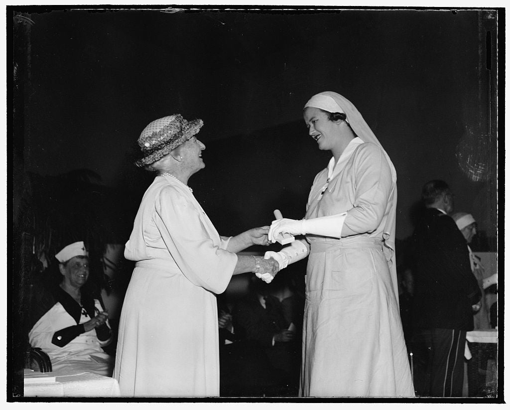 8 x 10 Reprinted Old Photo of Nancy Leiter Receives Diploma As Gray Lady. Washington, D.C., April 26. Miss Nancy Leiter, Daughter Of Mrs. Joseph Leiter And Prominent In Capital 1938 Harris & Ewing 13a