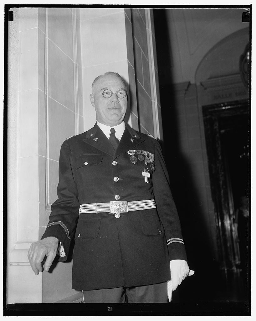 8 x 10 Reprinted Old Photo of New Surgeon General. Washington, D.C., May 8. Col. James C. Magee Attended The First Official Reception Of The 10Th International Congress Of Mili 1939 Harris & Ewing 39a