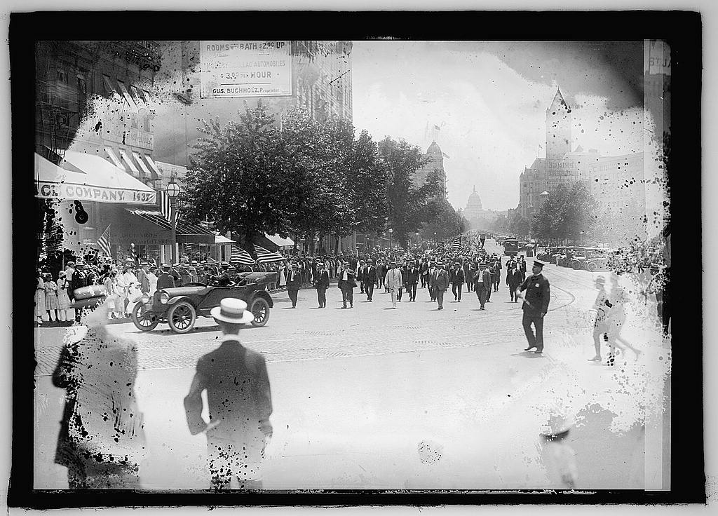 16 x 20 Reprinted Old Photo ofParade, Wash., D.C. 1925 National Photo Co  67a