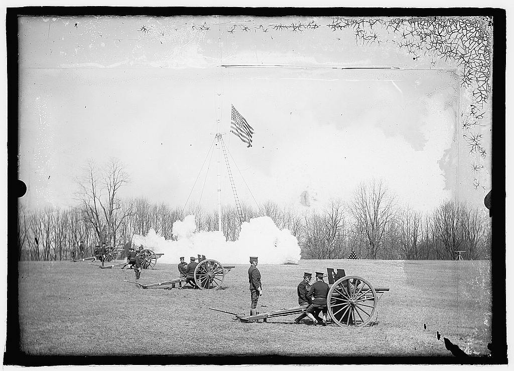 16 x 20 Reprinted Old Photo ofU.S. Army artillery practice 1925 National Photo Co  83a