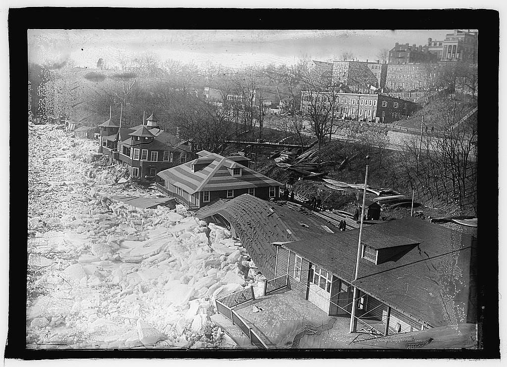 16 x 20 Reprinted Old Photo ofPotomac flood & ice, [Washington, D.C.] 1925 National Photo Co  53a