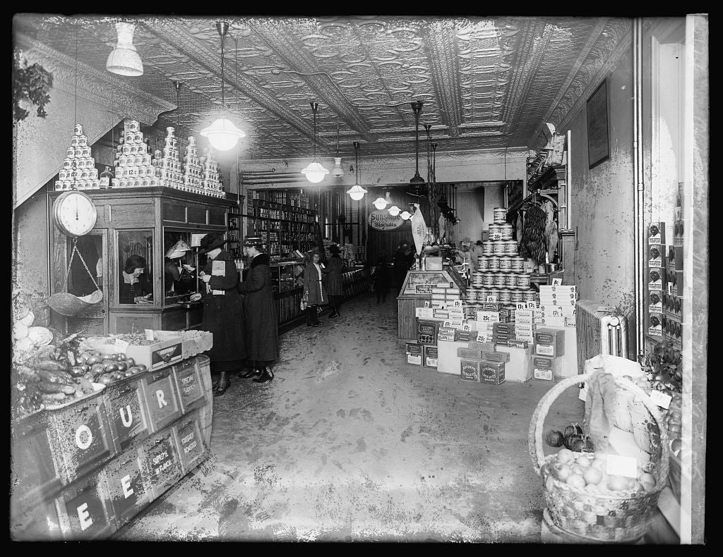 16 x 20 Reprinted Old Photo ofOld Dutch Mkt., interior, 9th & G, [Washington, D.C. 1921 National Photo Co  80a