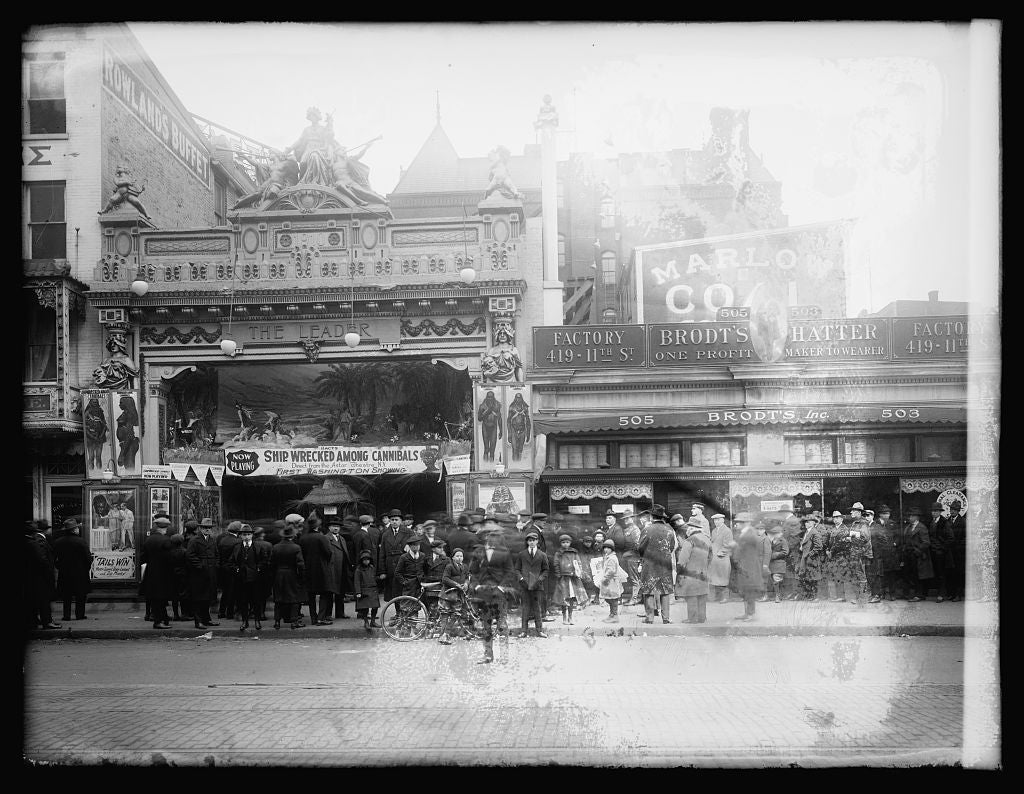 16 x 20 Reprinted Old Photo ofLust's Leader Theater, [Washington, D.C. 1921 National Photo Co  86a
