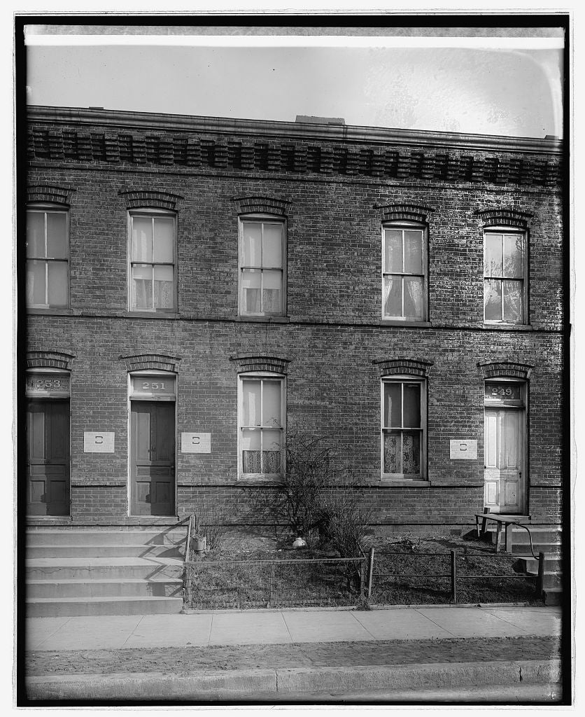 16 x 20 Reprinted Old Photo of251 Warren St., [Washington, D.C. 1921 National Photo Co  10a
