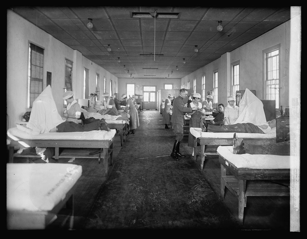 16 x 20 Reprinted Old Photo ofWalter Reed Physiotherapy story 1921 National Photo Co  38a