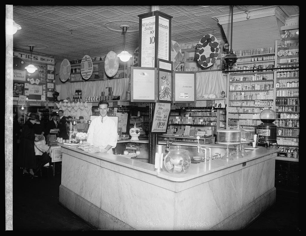 16 x 20 Reprinted Old Photo ofPeoples Drug store, 7th & K, N.W., [Washington, D.C.] 1922 National Photo Co  02a