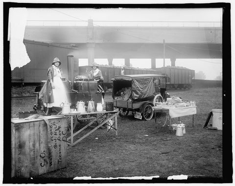 16 x 20 Gallery Wrapped Frame Art Canvas Print of  #116 American Red Cross, Mrs. Anderson's kitchen 1910 National Photo Co  29a