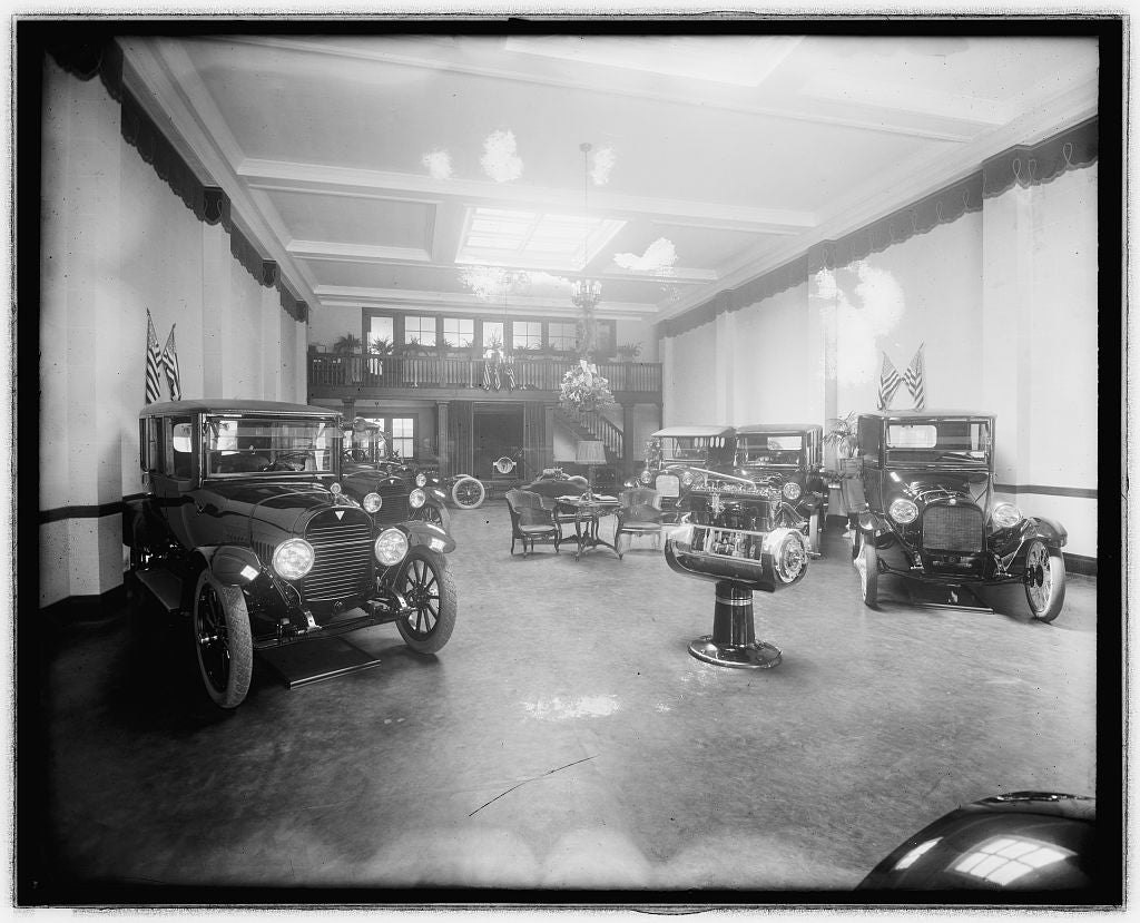 16 x 20 Reprinted Old Photo ofAuto show room 1923 National Photo Co  28a