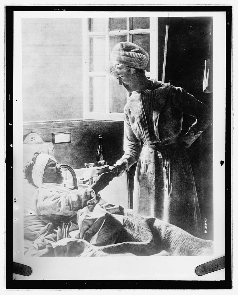 16 x 20 Reprinted Old Photo ofNurse and patient 1923 National Photo Co  77a