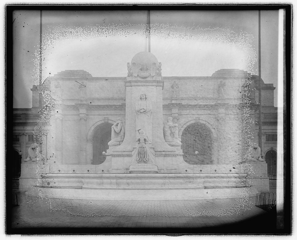 16 x 20 Reprinted Old Photo ofColumbus Memorial, [Union Station, Washington, D.C. 1923 National Photo Co  35a