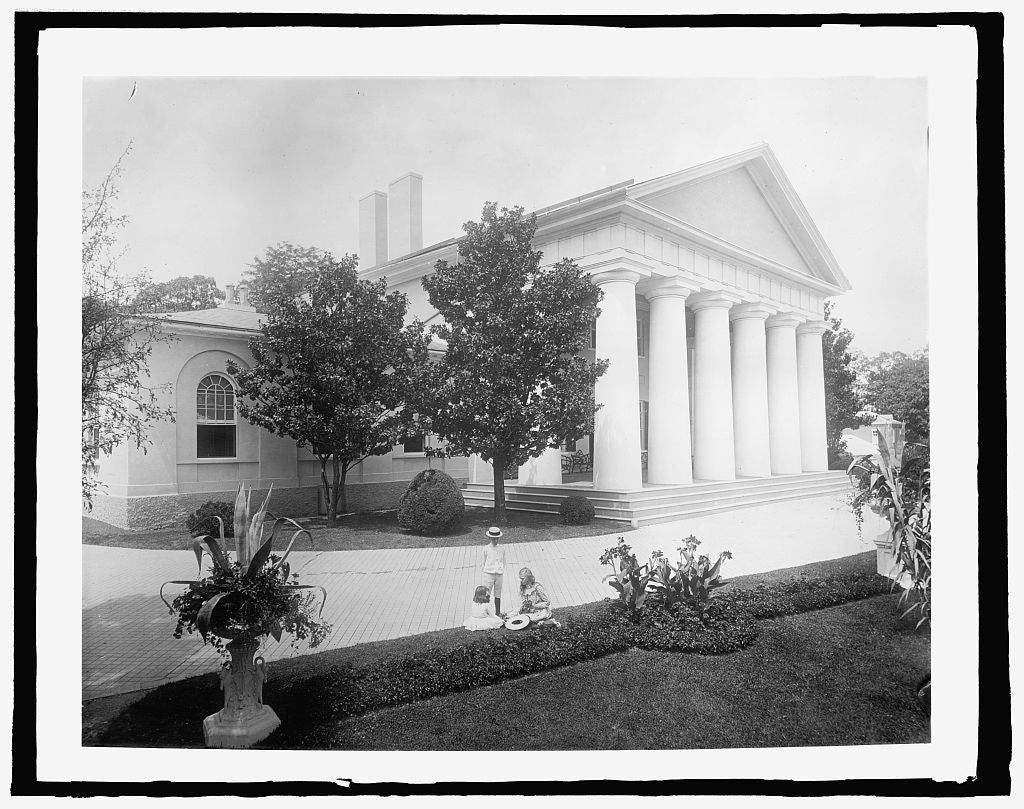 8 x 10 Reprinted Old Photo of Lee Mansion, Arlington, [Virginia 1918 National Photo Co  38a