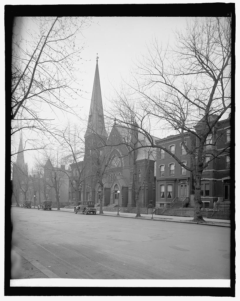 8 x 10 Reprinted Old Photo of Vermont Ave. Christian Church, [Washington, D.C. 1918 National Photo Co  51a