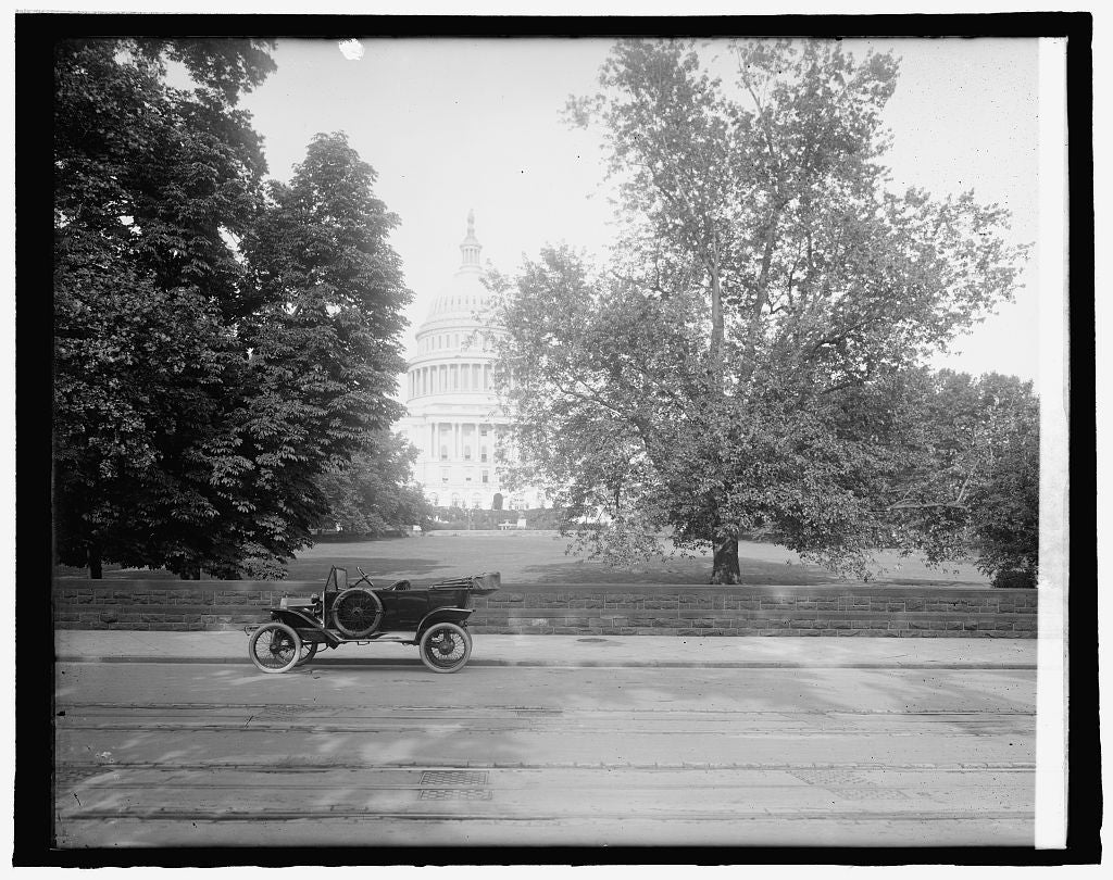 8 x 10 Reprinted Old Photo of Capitol, [Washington, D.C. 1918 National Photo Co  63a