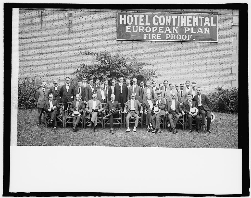 8 x 10 Reprinted Old Photo of Railway mail clubs convention 1918 National Photo Co  82a
