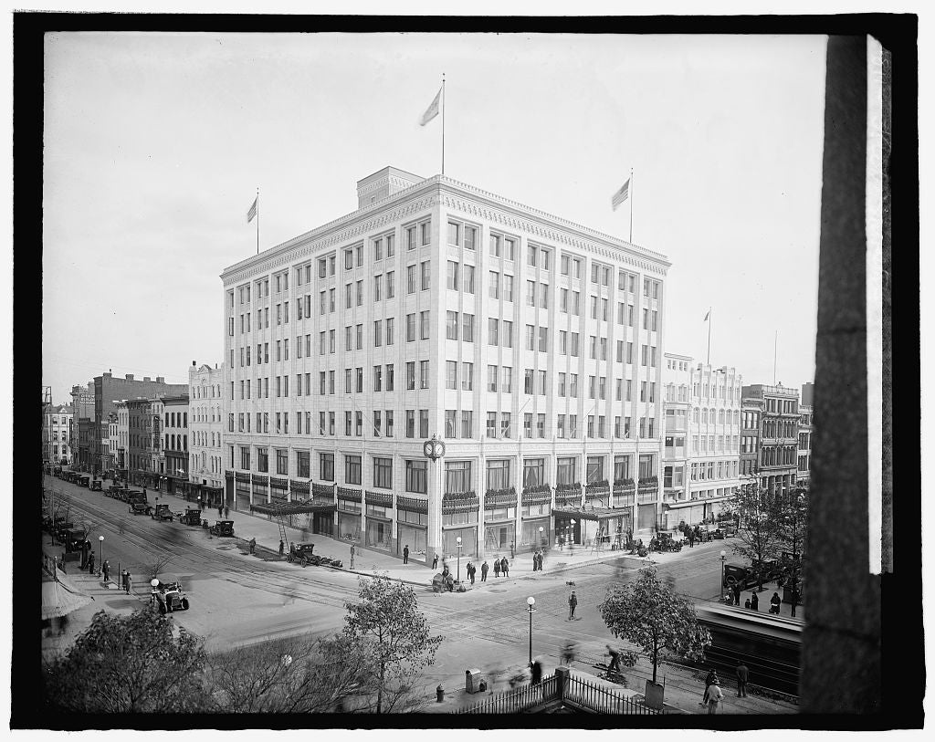 8 x 10 Reprinted Old Photo of Hecht, new store, [7th and F Sts., Washington, D.C. 1918 National Photo Co  43a