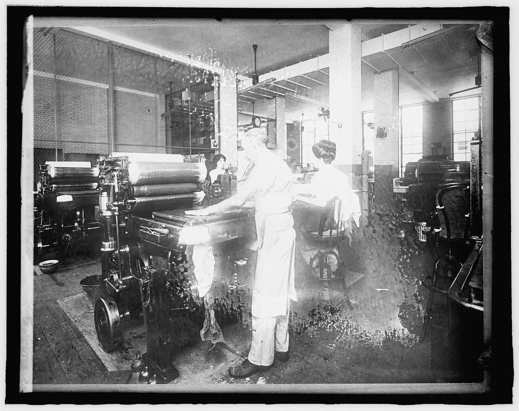 8 x 10 Reprinted Old Photo of Bureau Printing & Engraving, [Washington, D.C. 1918 National Photo Co  63a