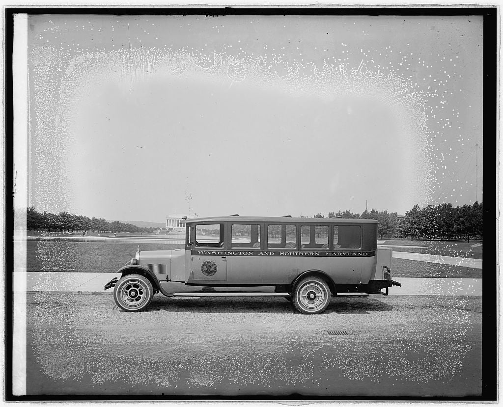 8 x 10 Reprinted Old Photo of Tidwater Line bus 1918 National Photo Co  52a