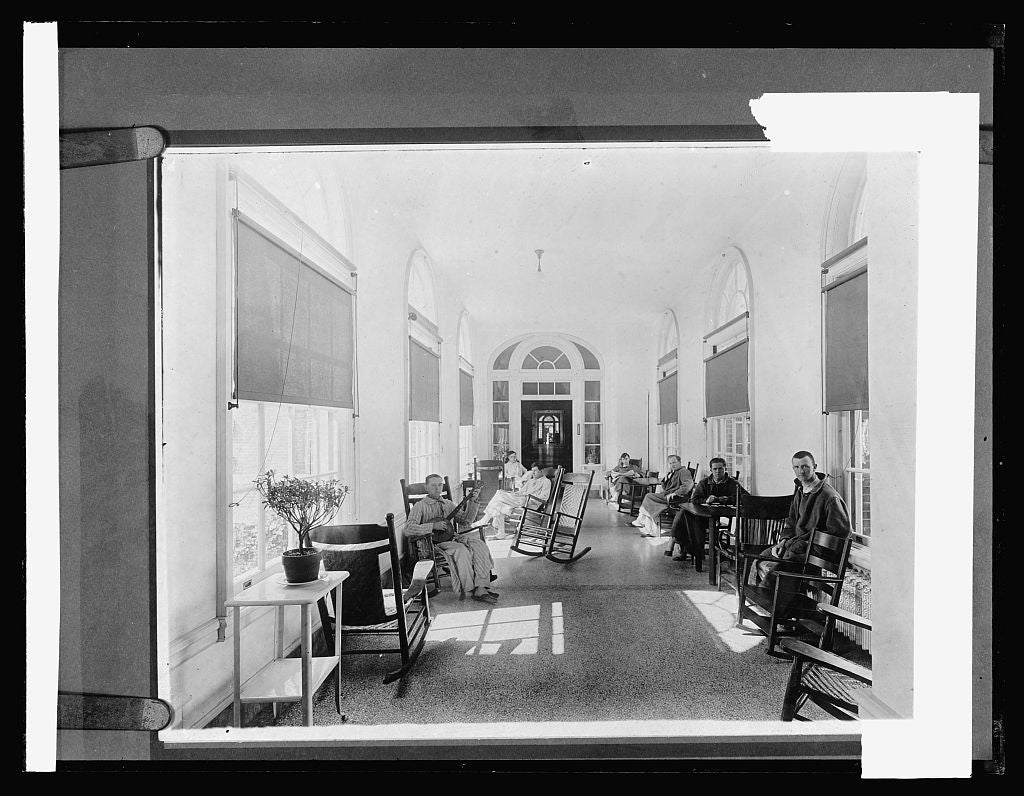 8 x 10 Reprinted Old Photo of Walter Reed Hospital, [Washington, D.C.]; interior 1917 National Photo Co  41a