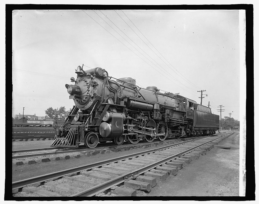 8 x 10 Reprinted Old Photo of So. R.R. Co. Crescent Locomotive 1917 National Photo Co  43a