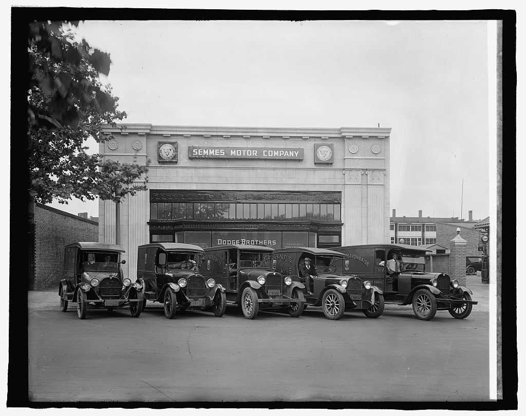 8 x 10 Reprinted Old Photo of Semmes Motor Co., [Washington, D.C. 1917 National Photo Co  98a