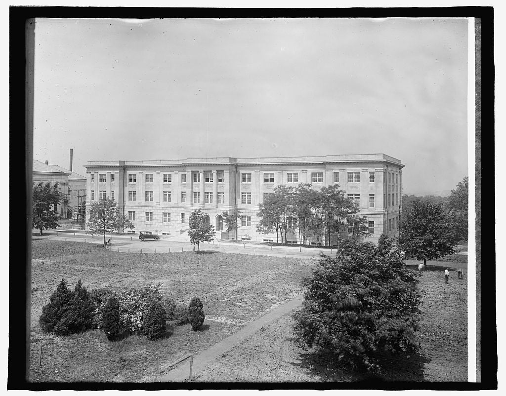 8 x 10 Reprinted Old Photo of American University, [Washington, D.C. 1917 National Photo Co  99a